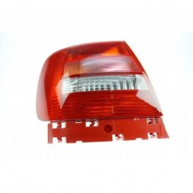 AUDI A4  1999-2000 TAILLIGHT - DRIVER SIDE